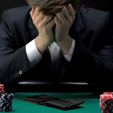 Gamblers spend a lot more money in cashless payments